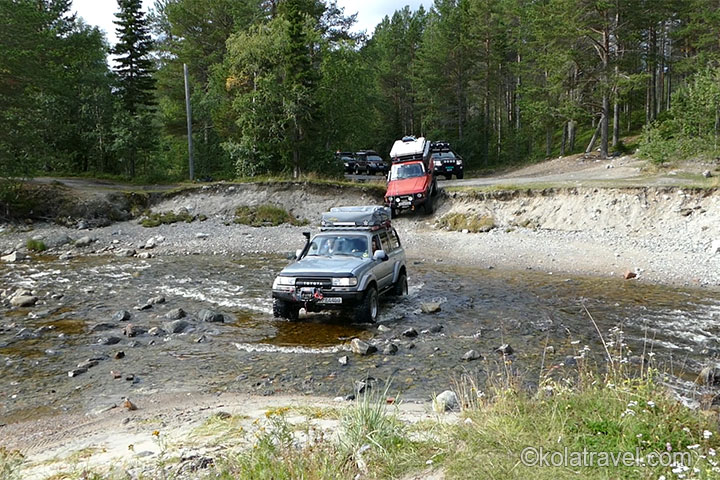 4x4 Arctic Off-road Expedition