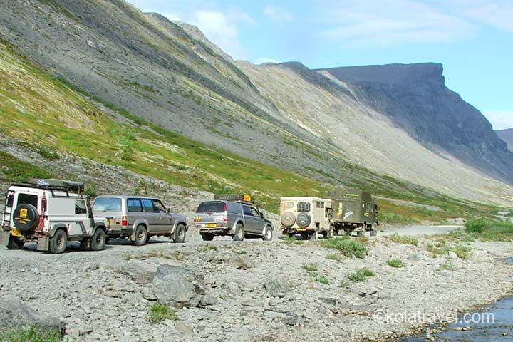 kolatravel 4x4 holidays arctic trophy awd army bus tours polar off-road adventures jeep expeditions northwest russia murmansk region extreme expedition adventure