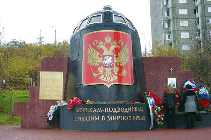 murmansk shore excursions city trips heroes great patriotic war memorial alyosha harbour navy museums streets history city kola travel