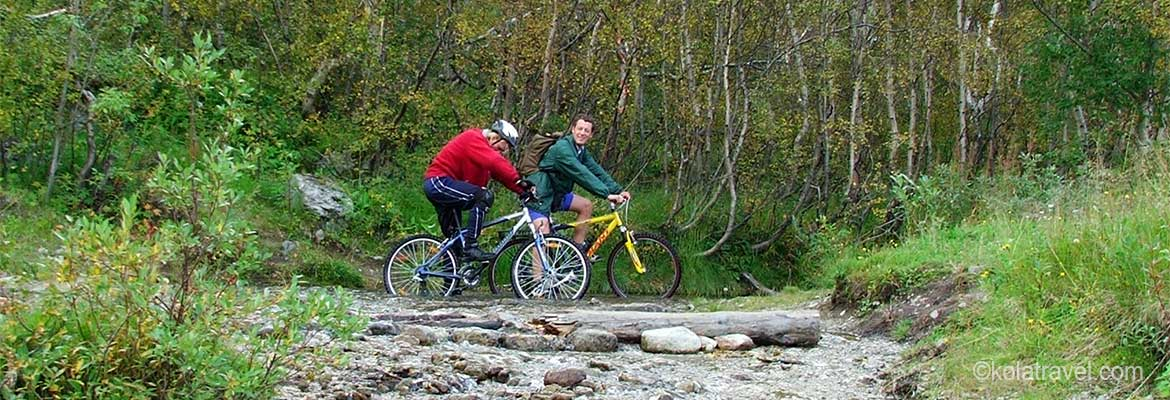 Long distance biking cycling mountainbiking tours in Northwest Russia Kola Peninsula Russian Lapland Murmansk Saint Petersburg